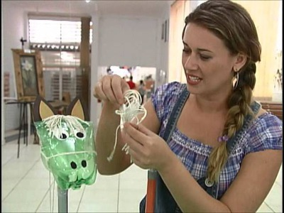 Cavalinho feito com garrafa Pet para crianças