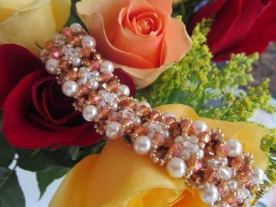 Crystals and Pearls Bracelet. Браслет из жемчуга и кристаллов