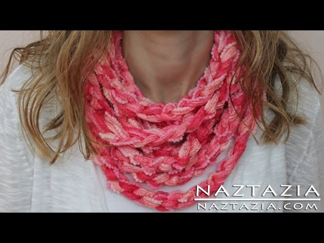 DIY Learn How to Make Infinity Scarf Circle Loop Cowl Beginner Finger Crochet Chain Arm Knitting