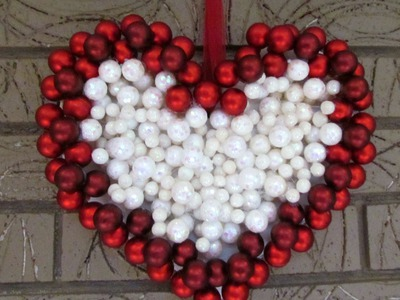 DIY Ornament Wreath Heart Wreath for Valentine's Day Decoration
