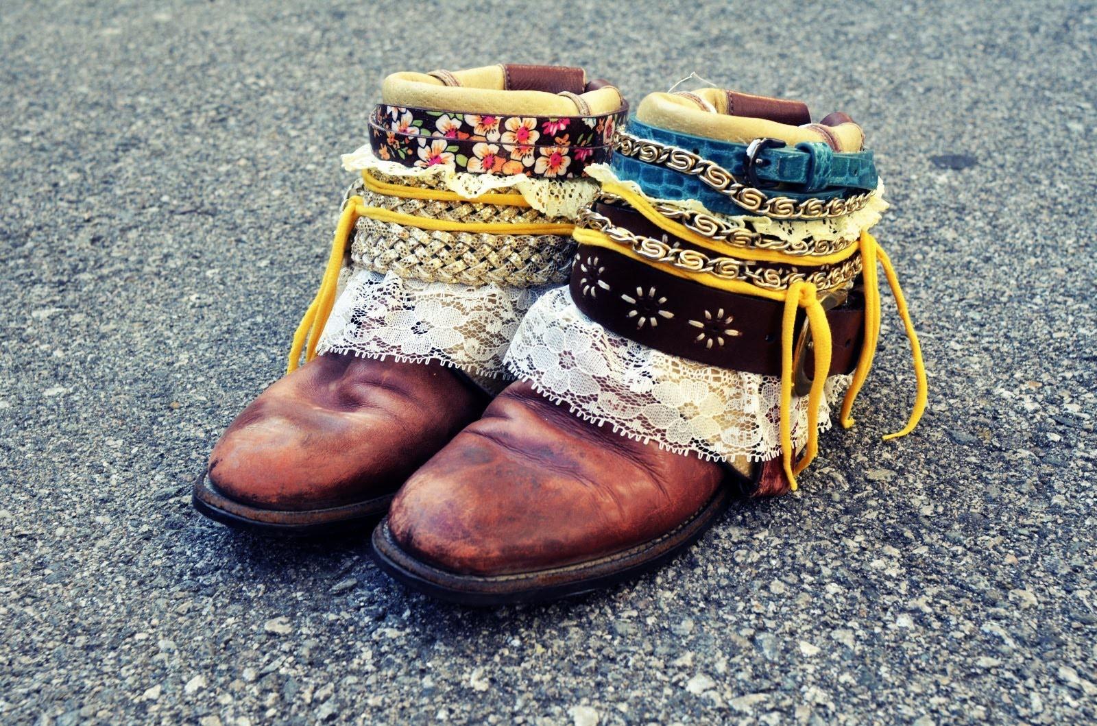 Mr. Kate DIY Boho Boots Tutorial