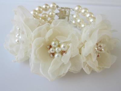 Pearls and Flowers Bracelet.  Стильный браслет из жемчуга и цветов.
