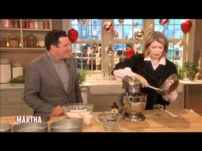 Martha and Isaac Mizrahi Bake a Cake⎢Martha Stewart