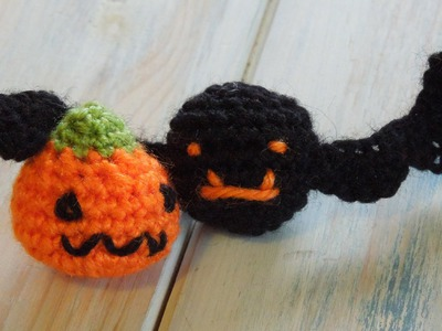 (crochet) How To Crochet a Mini Bat and Pumpkin for Halloween - Yarn Scrap Friday
