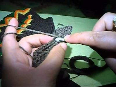 شرح شنطة كروشيه بغرزة الزجزاج مع أم القمرين جزء2 how to crochet a hand bag
