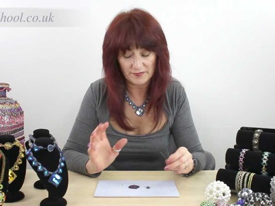 Beadschool Tutorial - Tips & Tricks: The best way to pick up beads.