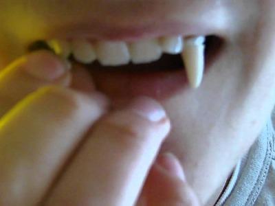 Comment Mettre des dents de Vampire