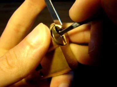 Crochetage d'un cylindre Vachette V5