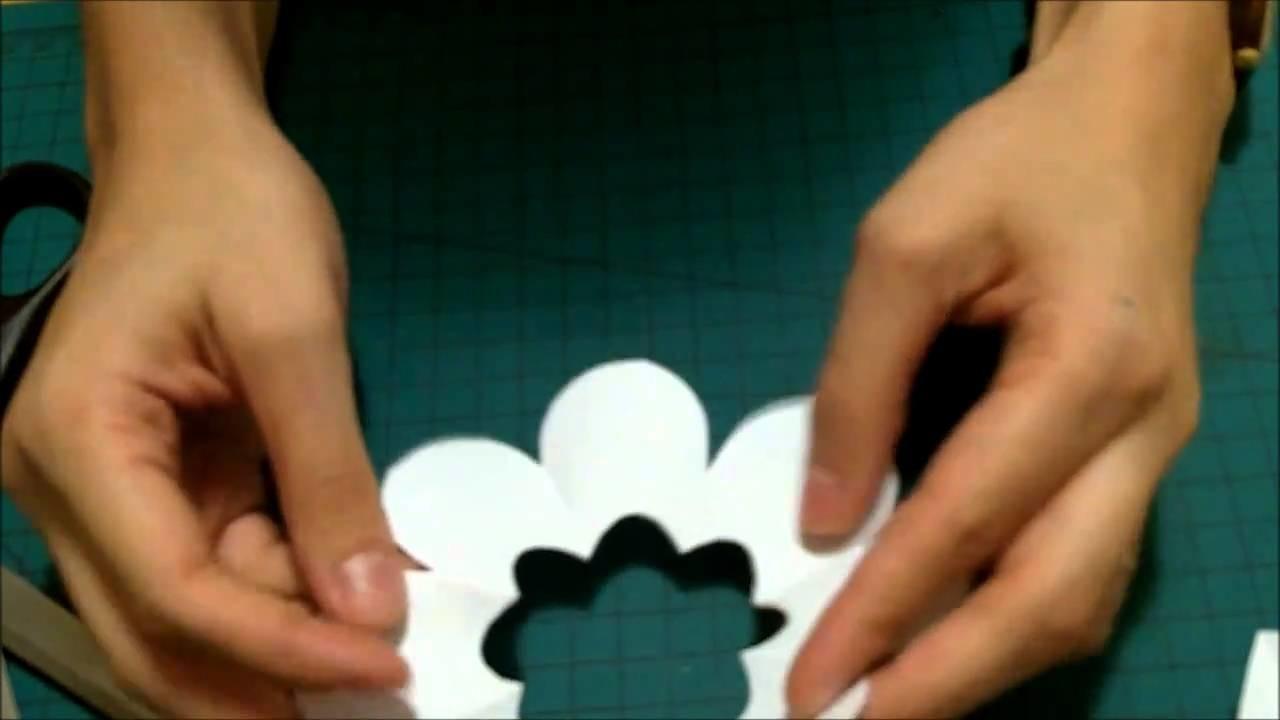 Como fazer  flores de papel para scrapbook
