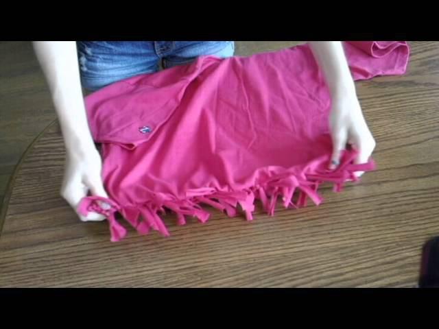 DIY how to make a T-shirt into a bag! **NO SEW