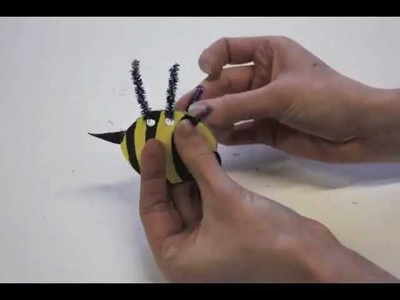 How to Make a Bumble Bee - art and craft projects for kids