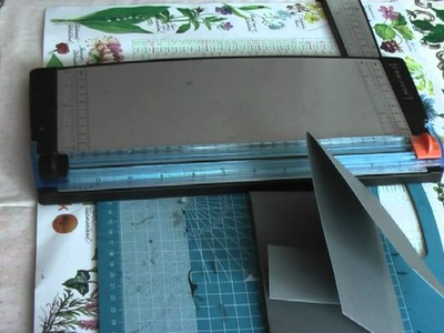 Scrapbooking: Tattered Time Mini Insert with Tutorial