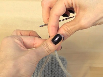 Knitting: How to Thread a Darning Needle to Weave in Yarn Ends & Seam Edges