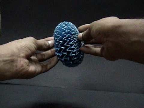 The easiest Origami magic ball 2  الأوريجامى فن طى الورق اليابانى