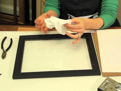 How to Get Moisture Out of Picture Frames : Picture Frame Crafts