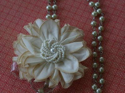 Pearl Flower Necklace Tutorial