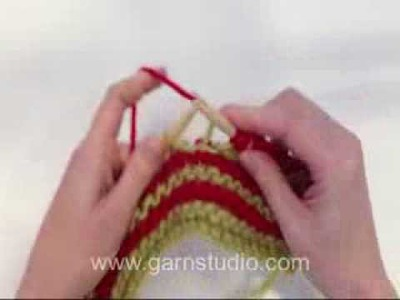 DROPS Knitting Tutorial: How to knit stripes in garter st with short rows