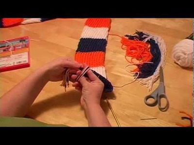Knitting a Scarf on a Round Loom Part 3 (finish off with tassels)