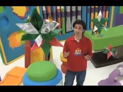 Art Attack - How To Make Stars Using Origami Style!! - Disney India (Official)