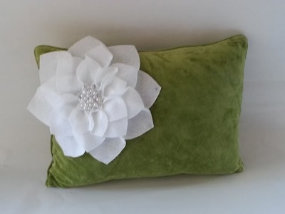 {DIY} Flower Pillows