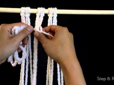 DIY Macrame: Square knot (left facing)