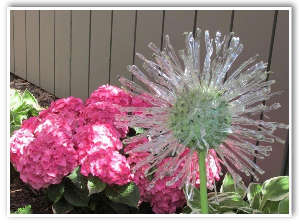 DIY Recycled Garden Art   Dandelion Inspired   Make Something Monday