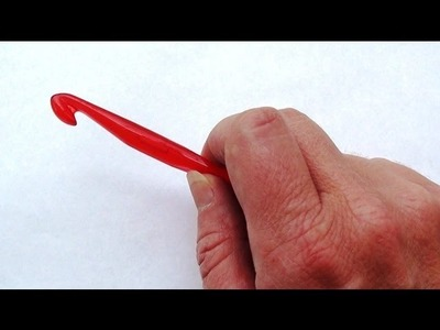 How to Hold a Crochet Hook - How to Hold Crochet Hook