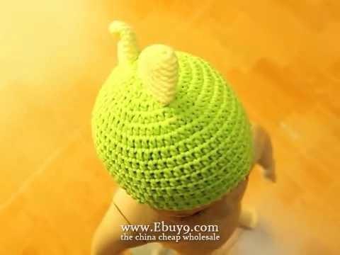 Hand-knitted newborn baby animals bonnet