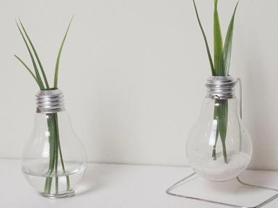 DIY: Lightbulb Vase