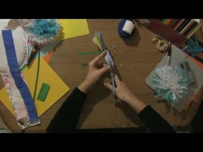 Paper Craft Projects : How to Make Paper Hawaiian Flowers