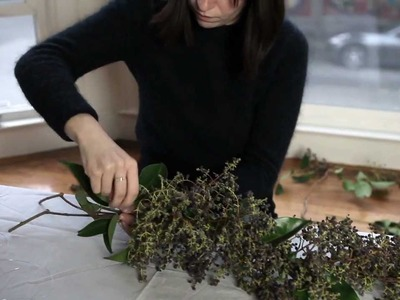 DIY: Holiday Garland | Remodelista