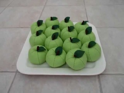 "Felt Crafts - FREE Felt Food Apple Patterns - (from the ""Felt Cuisine"" series)"