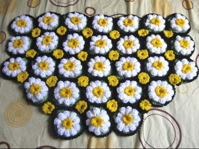 How to Crochet a Daisy Rug Tutorial 1 - Left Handed Crochet Tutorial