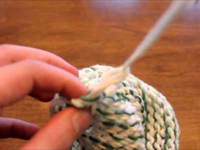 Loom Knitting pt 3 - How to Finish Your Hat