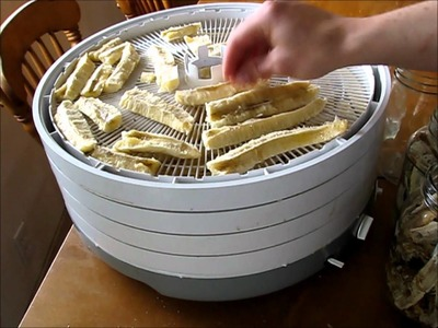 DIY: Using Your Dehydrator to Dry Bananas