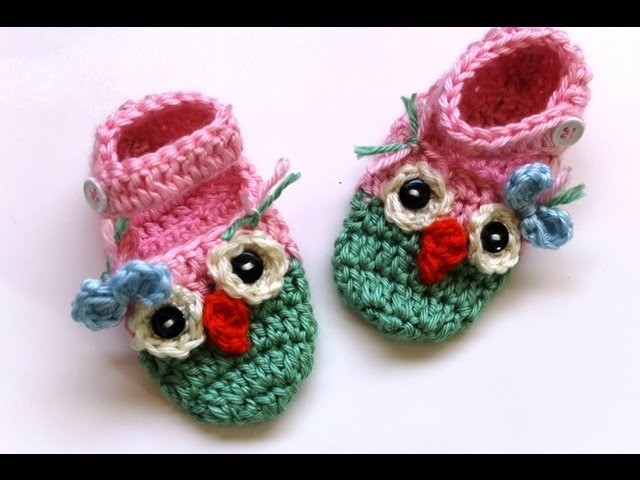 Crochet owl booties with ankle strap