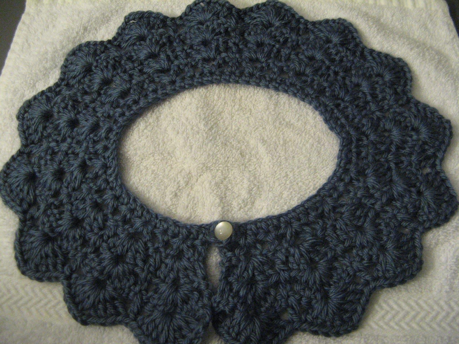Crochet collar. peter pan collar. lace look collar
