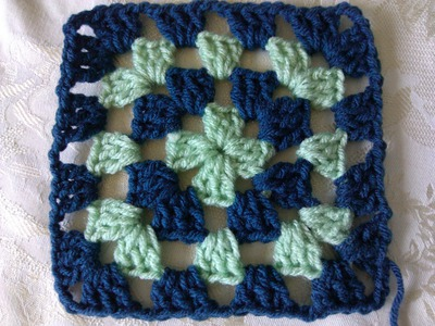 Easy to crochet classic granny square
