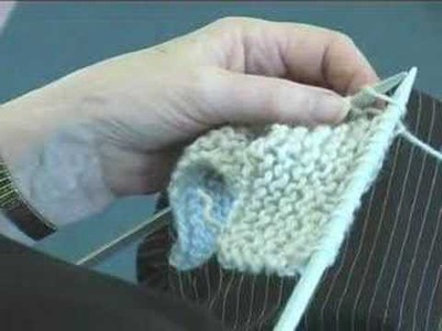 Learn Knit Stitch with Elsie