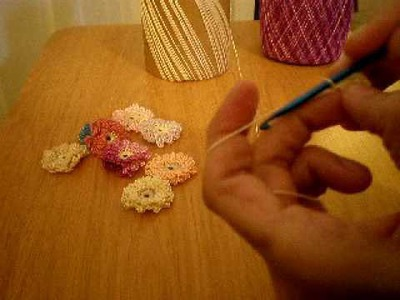 Tutorial: Crocheted Flowers (Part 1)