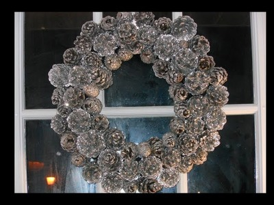 DIY: Sparkly Pinecone Wreath♡ Theeasydiy #DoorDecor