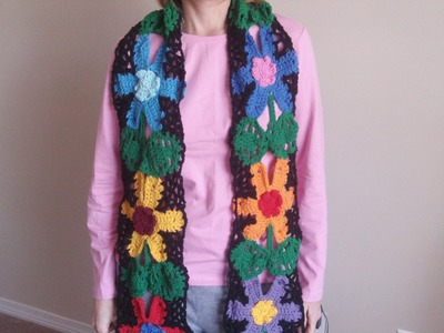 How to Crochet a Scarf with Flowers in Free Form
