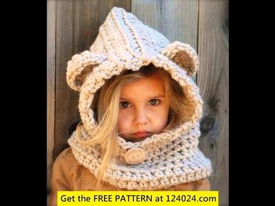 Crochet pattern scarf cowl