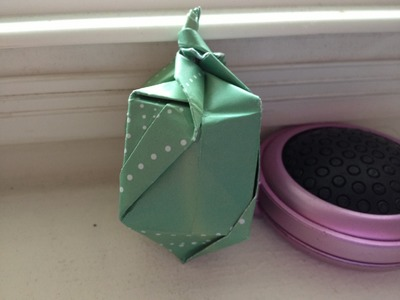 Dreidel 25 Days of Origami Day 8