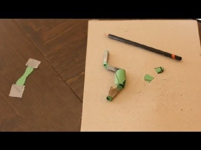 How to Make 3-D Soldiers Out of Paper : Paper Crafts