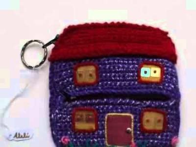 Mi video :  Monederos Tela y Crochet