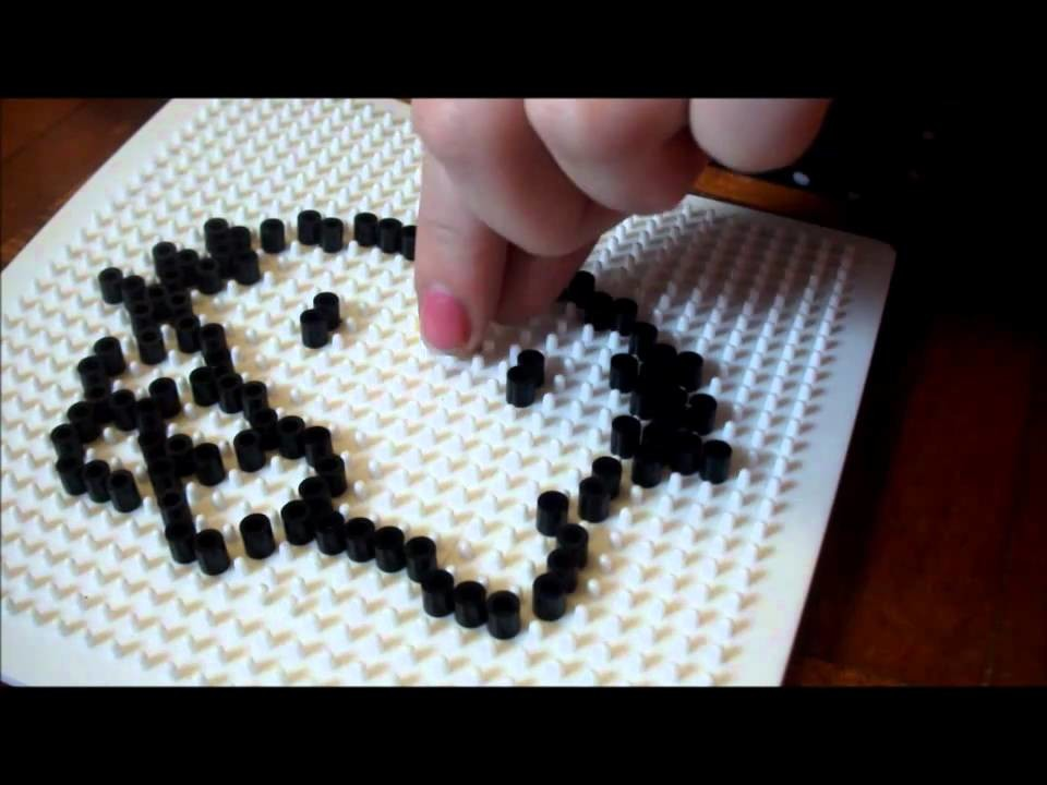 How to Make a Hama.Perler Bead Hello Kitty!