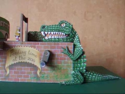 Automaton - papercraft - feeding time at the zoo (cool4cats.biz) - dutchpapergirl