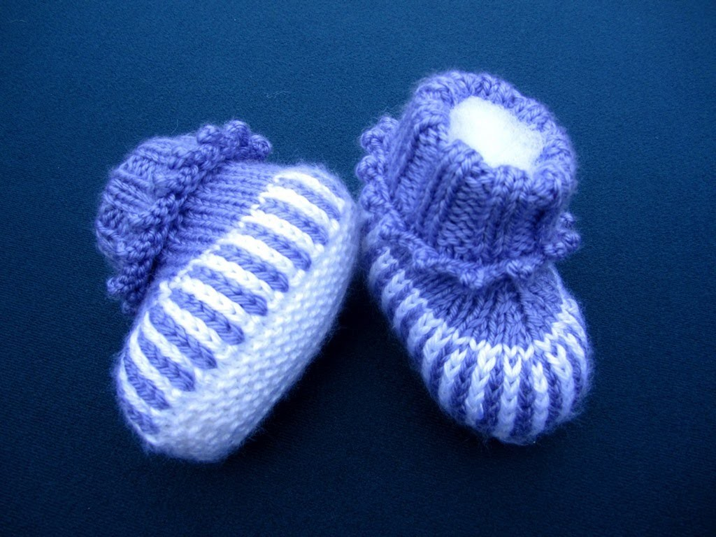 How to Sew Stockinette Stitches Baby booties
