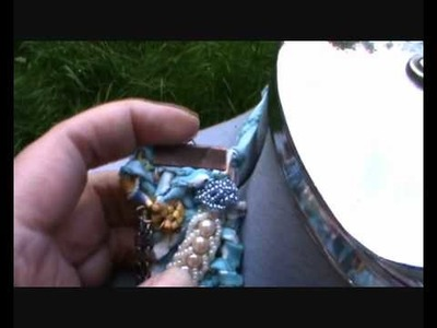 Textile Necklace made by Rosebudlia.wmv